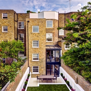 12 Pembroke Square , London W8 6PA