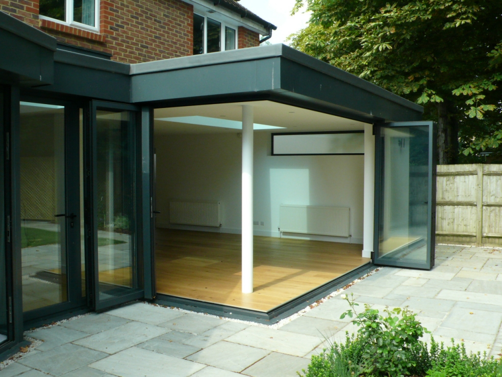Folding Bifold Doors : Folding doors sliding in london berkshire slough