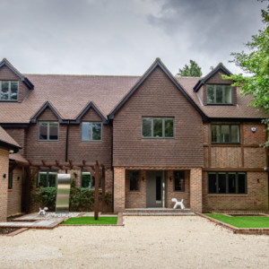 Burks-Drive-Beaconsfield - Case Study Schuco - Exterior Photo