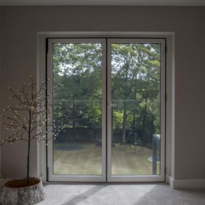 Burks-Drive-Beaconsfield - Case Study Schuco - interior
