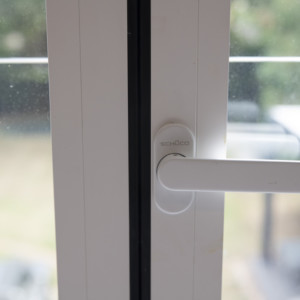 Burks-Drive-Beaconsfield - Case Study Schuco - Handle