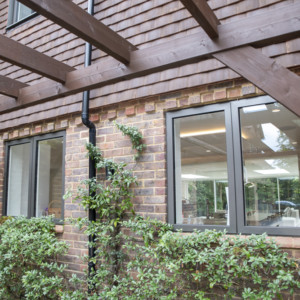 Burks-Drive-Beaconsfield - Case Study Schuco - Window