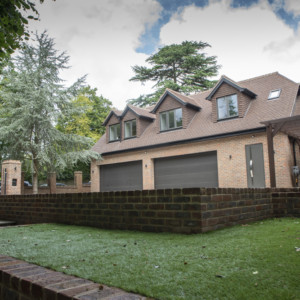Burks-Drive-Beaconsfield - Case Study Schuco